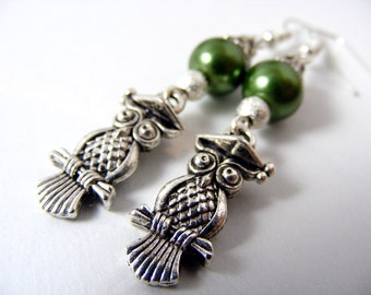 Graduation gift Student silver owl earrings dangle beaded earrings woodland earrings green pearl earrings tibetan silver owl fashion earring