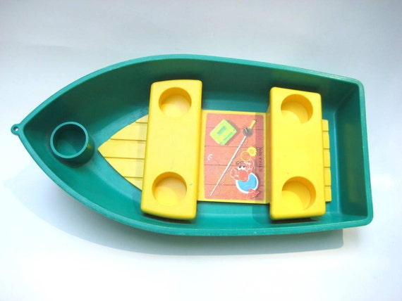 Vintage Fisher Price Little People Row Boat 5 Person Green 72