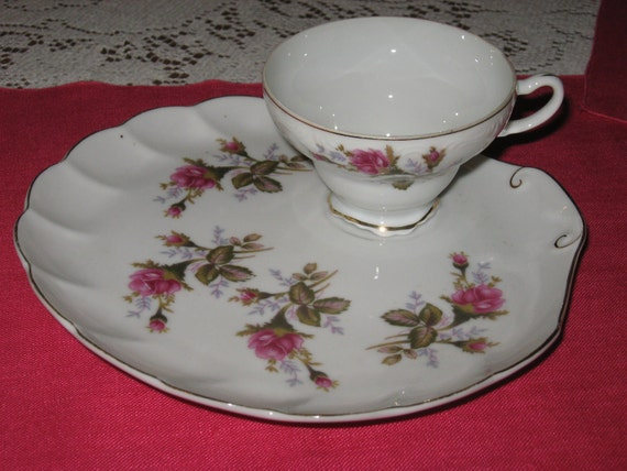 Vintage Ten Moss Rose Snack Plate Amp Cup Sets For A Romantic