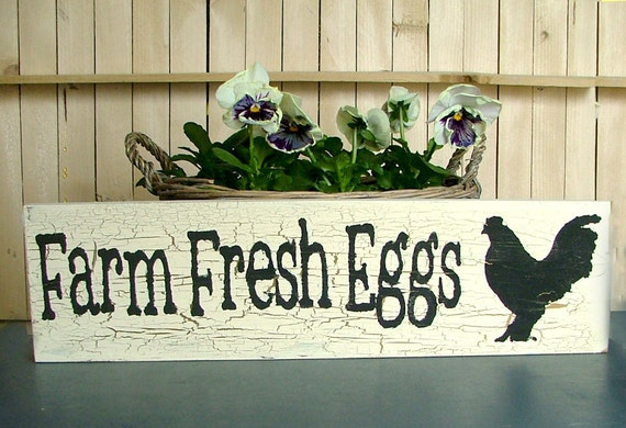 Farm Fresh Eggs Wooden Sign (Antique White with Gold Crackle Effect)