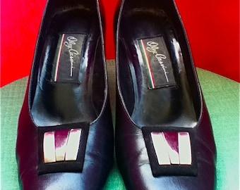 SALE - OLeG CaSSini - Classic Vintage 1960s Black Heels// Silver Buckles - size US 8