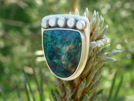 LAST CHANCE SALE - Shattuckite cabochon Sterling Silver Ring - Size 6.5