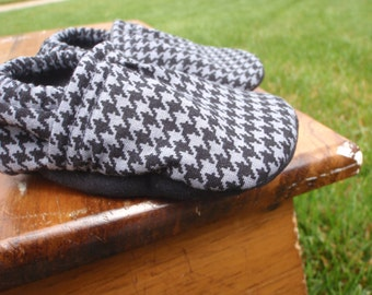 Baby Shoes for Boys - Charcoal Grey/Gray and Black Houndstooth Print - Custom Sizes 0-3, 3-6, 6-12, 12-18, 18-24 months 2T, 3T, 4T