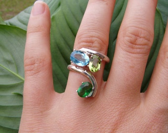 ocean ring - synthetic blue topaz, synthetic peridot, synthetic emerald, silver