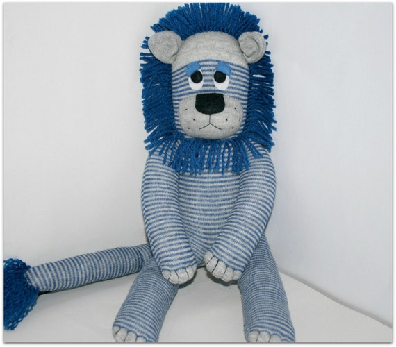 Lincoln the Sock Lion - ready to ship
