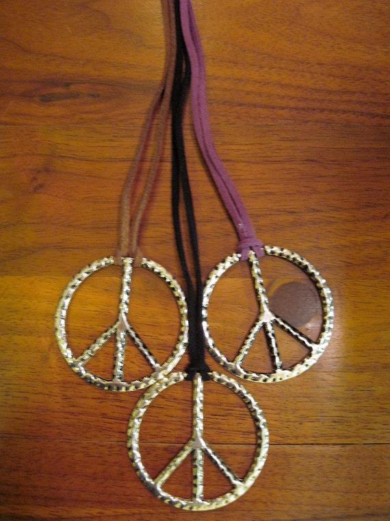 The Best Simple Peace Sign Necklace Purple