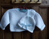 childrens clothing baby boy girl  set  knitted sweater beanie hat  white blue  birth / 3 months