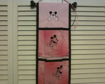Disney Fish Extender Pink Mickey