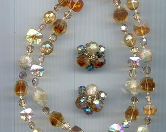 Beautiful 2-strand Vogue necklace and earring set - shades of amber and golden beige