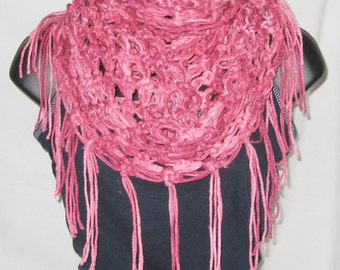 Infinity scaft, loop scarf, round scarf, cowl, chuncky scarf, scarf with fringe, pink-multi, one size fits most