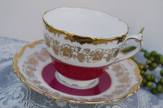 Coalport Hazelton Tea Cup and Saucer, Burgundy and Gold