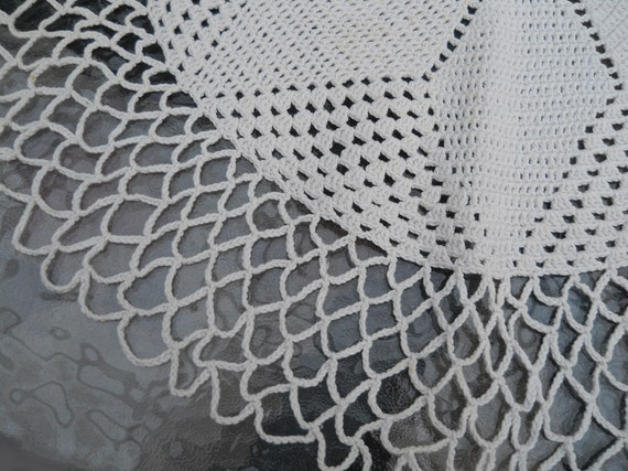 Vintage Handmade 22 Inch Doily Excellent Condition Home Decor Supplies Shabby Chic