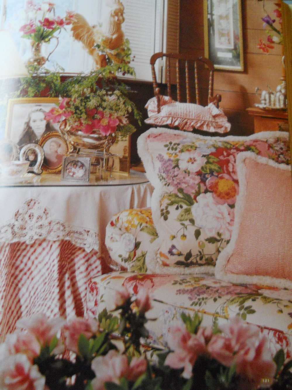 Wonderful cottage style decorating book furniture fabrics for Cottage home decor