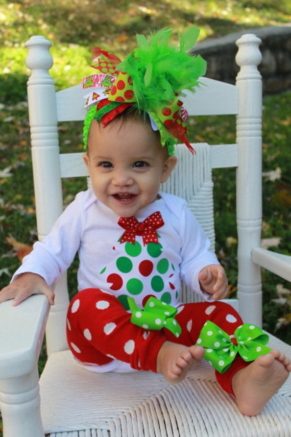 Looking for a cute baby or toddler Christmas outfit is easy at Mud Pie! Many items are available for monogramming or personalization for just $10 more. Look for the