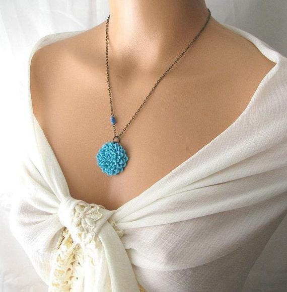 blue flower necklace, blue necklace, chrysanthemum necklace mum, cabochon flower necklace, flower jewelry antique brass necklace