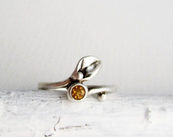 Leaf Ring,Small Leaf Silver Ring with Citrine
