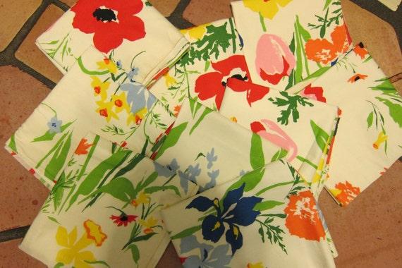 Sale 20% Off Vintage Flowered Fabric - Vera Like - 9 Pieces