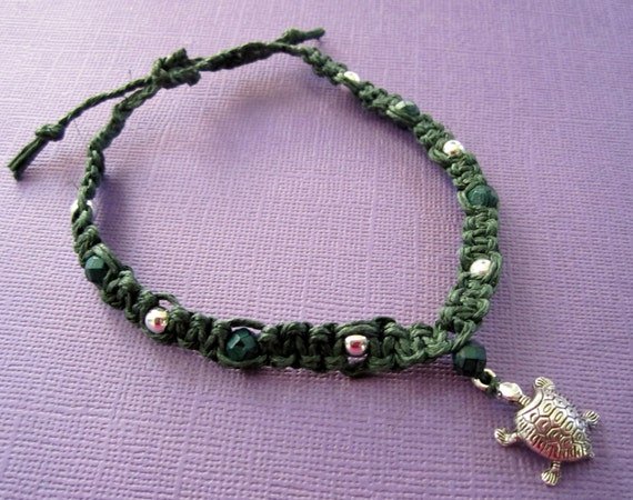 Forest Green Hemp Macrame TURTLE Bracelet / Anklet