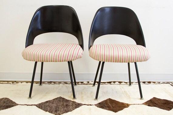 RESERVED Updated Vintage Knoll Saarinen Chair Pair