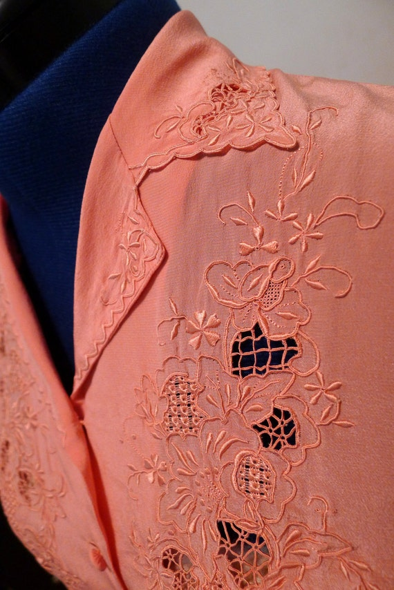 Beatifully and Delicately Detailed 1940s Salmon Pink Silk Blouse--S