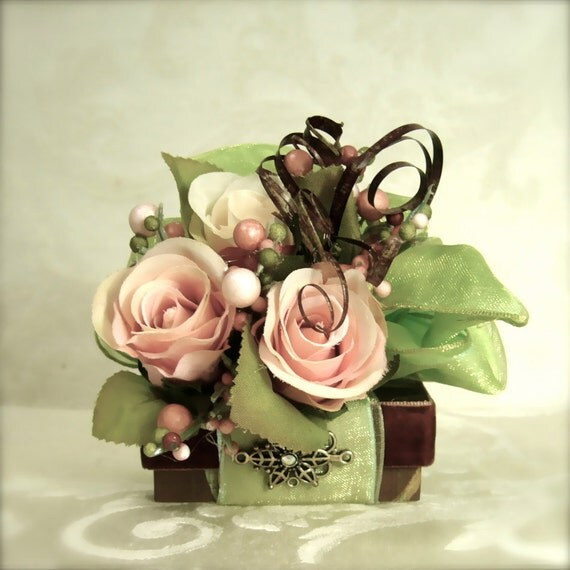 Jewelry Gift Box Pale Pink And Deep Green Wedding Favor Box