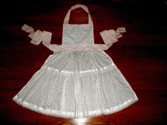Apron - HomeMaker Shabby Pink Rosebuds Chic  Vintage inspired Handmade Apron One Size Fit Most