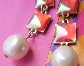 Mod 60's Psychedelic  Enameled Pearl Drops