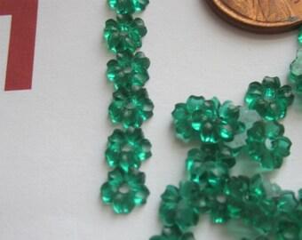 Tiny Emerald Glass Flower Bead