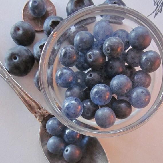 Vintage Sweet  Dusty Blueberry Glass Bead