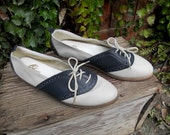 Vintage 70s Saddle Shoes // Sbicca Womens Size 9