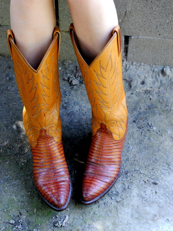 Vintage Dan Post Boots / Womens Lizard Boots Size by freshlavender