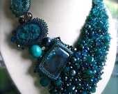 Green Beauty - Beadwork Necklace
