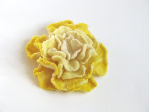 Yellow Felted flower brooch. Gift under 25.