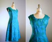 Vintage 1950s Tropical Teal and Green Dress .. Size Large