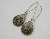 vintage earrings -gift for her under 15, 20,25