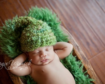 Snuggy Spring Green Hat Crochet Baby Photography Prop