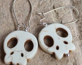 skull bone colored day of the dead charm silver sp dangle drop beaded handmade earrings