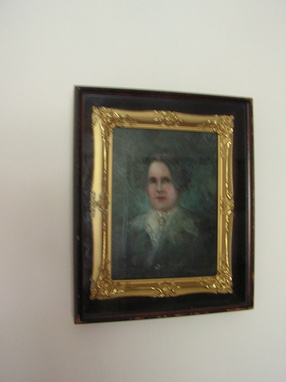 Antique   portrait  of strong lady.  Original  oil painting. Gold plated victorian style frame.