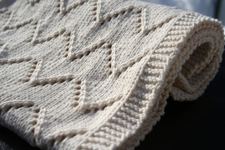 Aran Knitting Pattern : Welcome Baby blanket knitting pattern PDF download