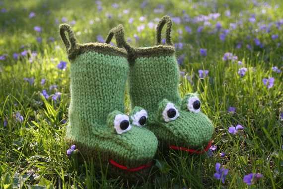 Froggy Rain Booties  for Baby Knitting Pattern and Kit