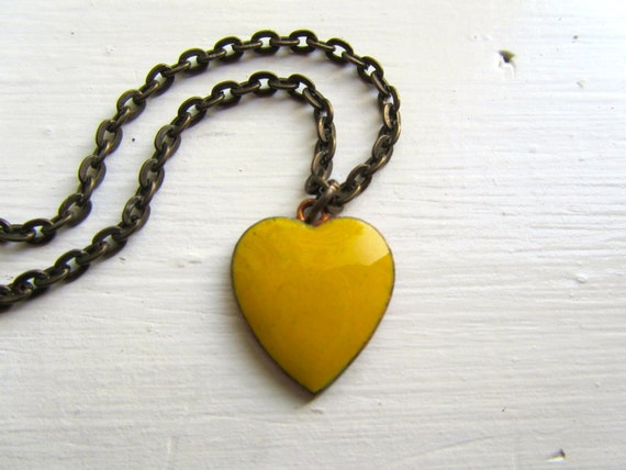 Mustard Yellow Heart : Vintage Charm Necklace, Vintage Charm Jewelry, Enamel Pendant Necklace, Heart Jewelry, Heart Necklace