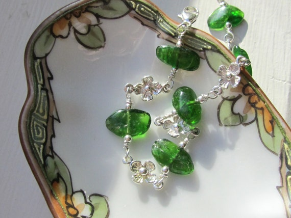 Natural Chrome Diopside Bracelet : Chrome Diopside Jewelry, Delicate Bracelet, Green Gemstone Bracelet, Floral Bracelet, Flower Bracelet