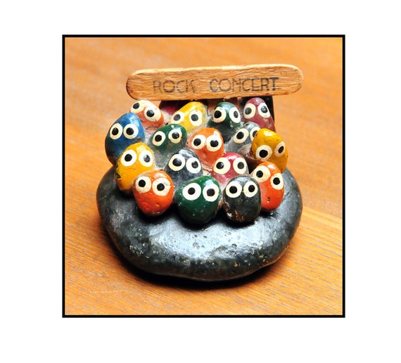 Rock Concert Pet Rock Vintage 70 S By Theatomicattic On Etsy