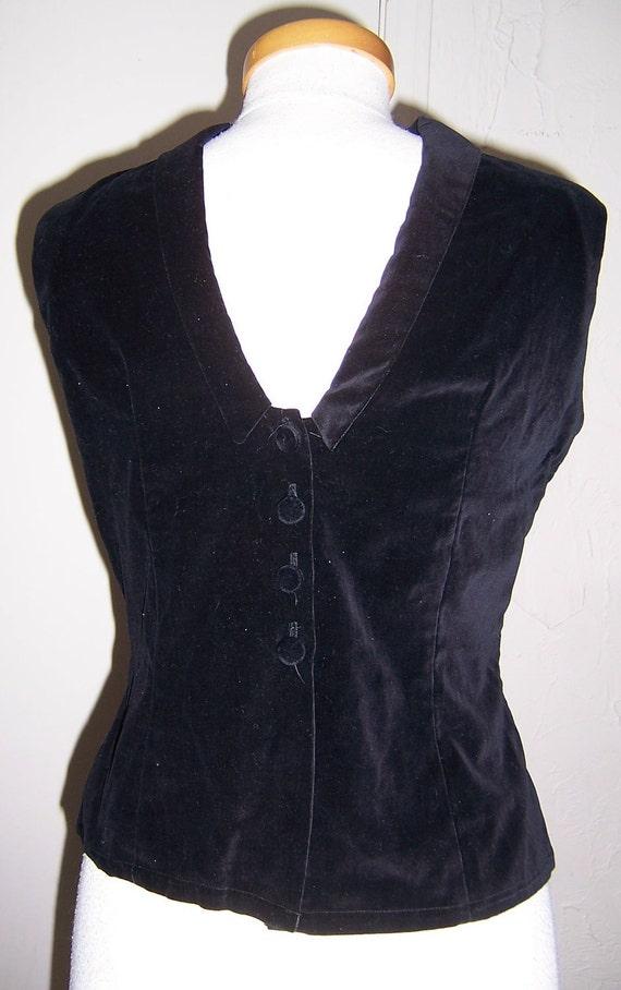 RESERVED dramatic vintage 60's black velvet backwards sleeveless top blouse M