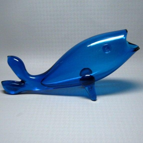 Vintage blenko blown glass fish in blue for Blown glass fish