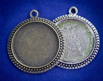 50 1 inch ( 25 mm )WHOLESALE Beaded edged Round Photo Pendant Trays SALE....Cabochon Bezel setting -Lead and Nickel Free