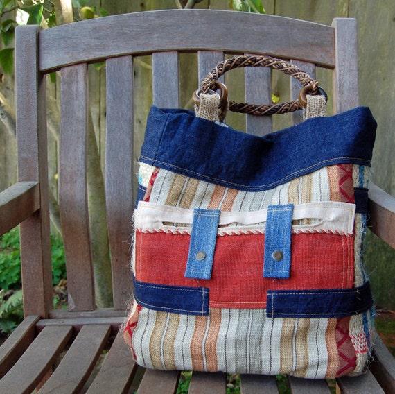 Caffe Stripes Extra-Deep Shoulder Bag