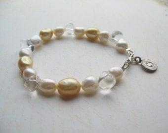 White Pearl Bracelet, Gold Pearl Bracelet, Swedish Jewelry, Made in Sweden, Scandinavian Jewelry Design