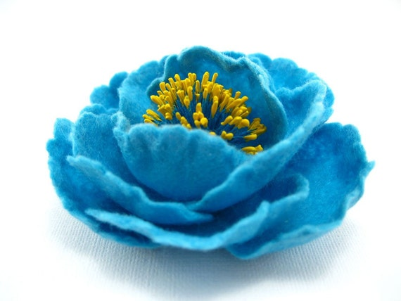 Felted Brooch Turquoise Flower - handcrafted - gift under 35