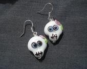 Glass lampwork skull earrings